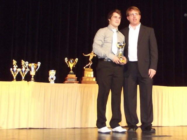 Stallions Serge Pilon receives Offense MVP award from Patrick Gregory